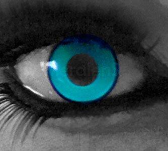 e876de0f7cee9 funnylens 1 par de colores Crazy FUN UV Green 3 meses kontaktlinsen.  Perfección a Halloween